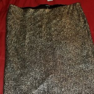 Silver sequence like skirt
